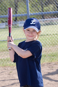 Lincoln T-ball 2_050510_0111