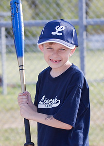Lincoln T-ball 2_050510_0105