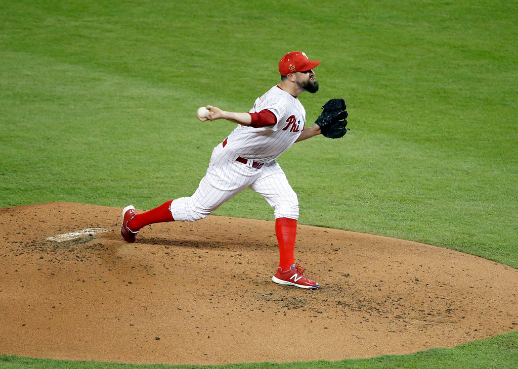 . National League\'s Philadelphia Phillies pitcher Pat Neshek (17), throw the ball during the second inning at the MLB baseball All-Star Game, Tuesday, July 11, 2017, in Miami (AP Photo/Wilfredo Lee)