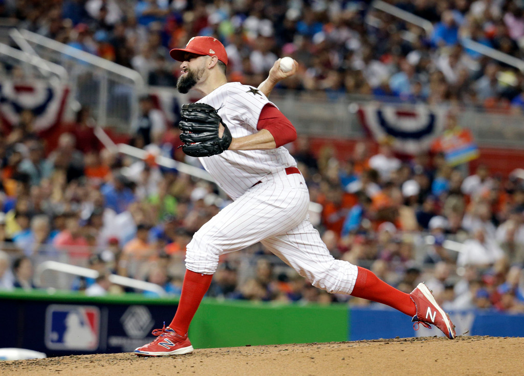 . National League\'s Philadelphia Phillies pitcher Pat Neshek (17), throw the ball during the second inning at the MLB baseball All-Star Game, Tuesday, July 11, 2017, in Miami. (AP Photo/Lynne Sladky)