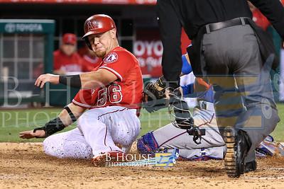 MLB: APR 25 Rangers at Angels