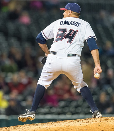 Baseball game between NWA Naturals and Frisco Roughriders on 4/9/2016.  Photographer:  Alan Jamison.