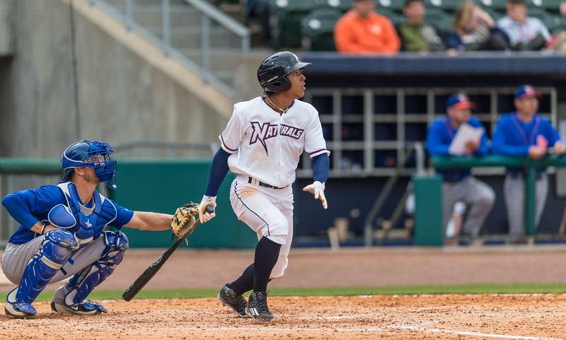 Baseball game between NWA Naturals and Midland RockHounds on 4/10/2016.  Photographer:  Alan Jamison.