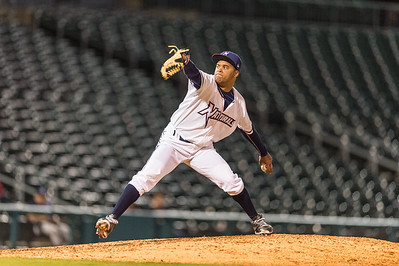 Baseball game between NWA Naturals and Midland RockHounds on 4/12/2016.  Photographer:  Alan Jamison.