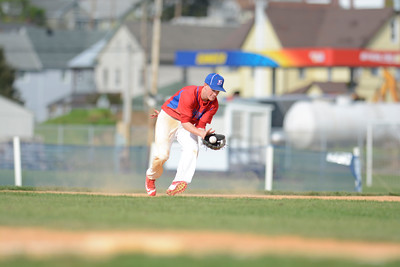 Selinsgrove's Zac Broome fields a ground ball during Monday's game against Shikellamy.