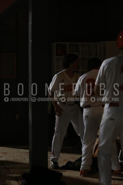 3_3_varsity baseball game_Yount0543