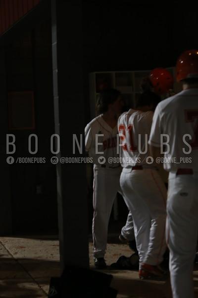 3_3_varsity baseball game_Yount0542