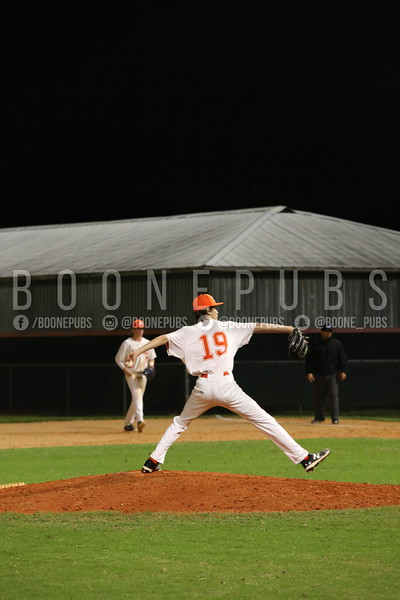3_3_varsity baseball game_Yount0500