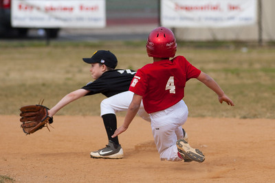 Isaiah steals 2nd base in the top of the 5th inning. The Nationals started out their season with a 4-1 win over the Pirates. 2012 Arlington Little League Baseball, Majors Division. Nationals vs Pirates (14 Apr 2012) (Image taken by Patrick R. Kane on 14 Apr 2012 with Canon EOS-1D Mark III at ISO 200, f2.8, 1/2500 sec and 150mm)
