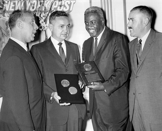 Jackie Robinson Receives Award. 1960