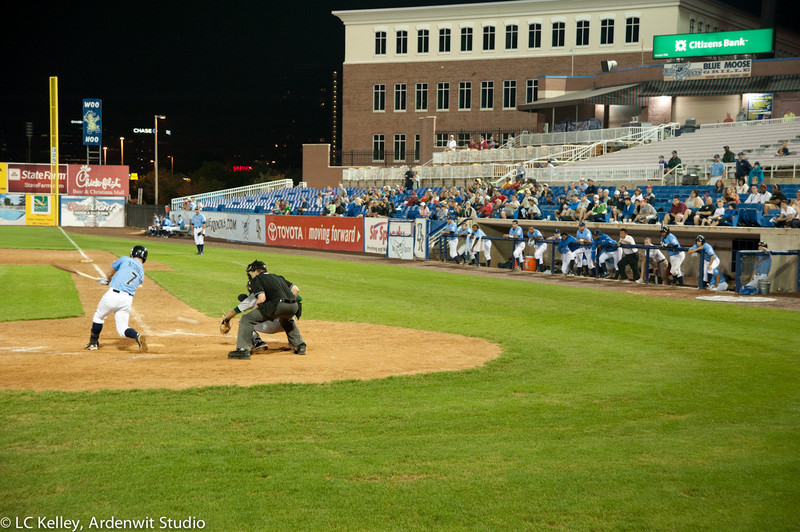 Hit and watch (Blue Rocks 2011)