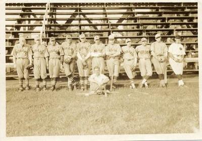Mohawk Baseball Team (01041)