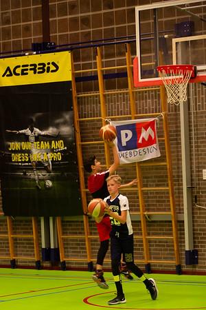 Clinic >12 jaar door Landstede Hammers #40jaarbasbasketball #reunie #7september2019 #clinic | fotograaf Wilco Steeneveld