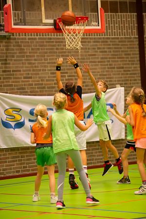 Clinic <12 jaar door Landstede Hammers #40jaarbasbasketball #reunie #7september2019 #clinic | fotograaf Wilco Steeneveld