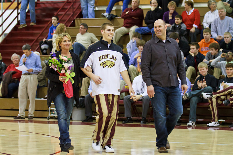 20110225_dunlap_senior_night_063