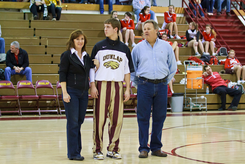 20110225_dunlap_senior_night_034