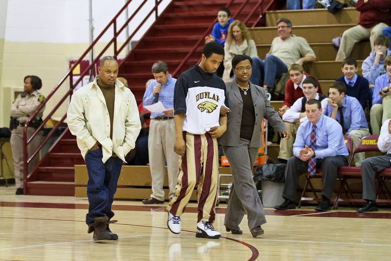 20110225_dunlap_senior_night_043