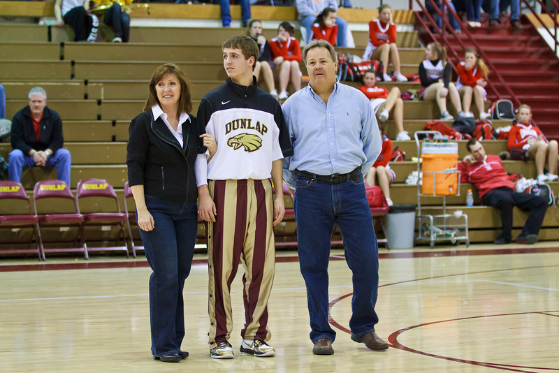 20110225_dunlap_senior_night_031