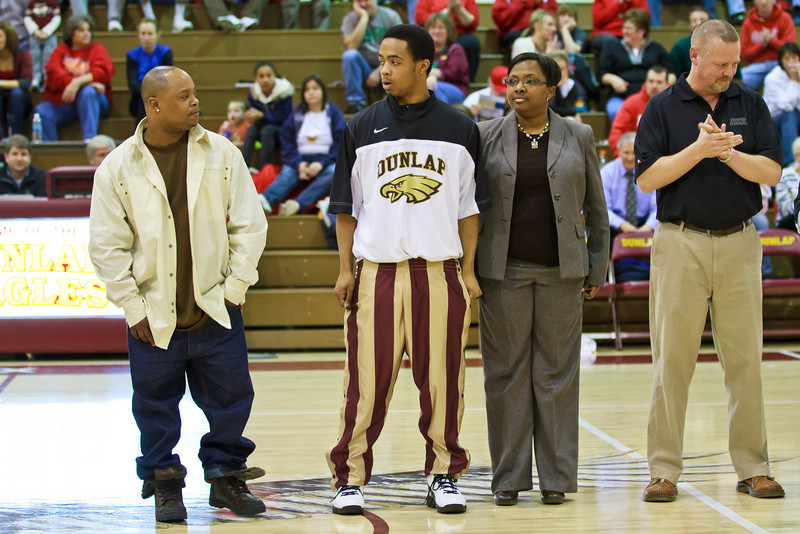 20110225_dunlap_senior_night_044