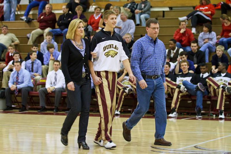 20110225_dunlap_senior_night_055