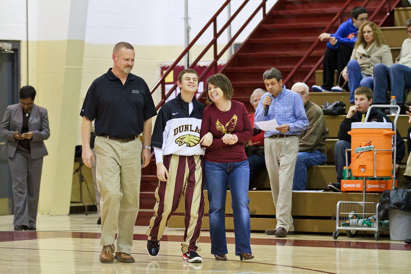 20110225_dunlap_senior_night_037