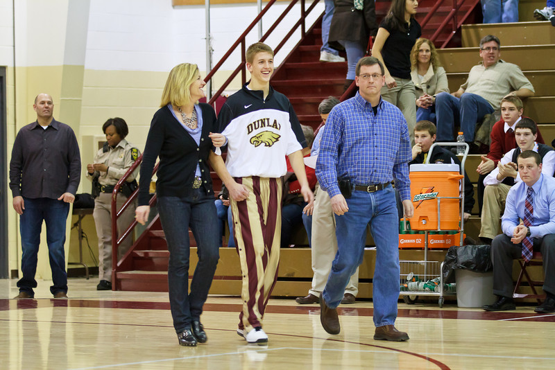 20110225_dunlap_senior_night_054