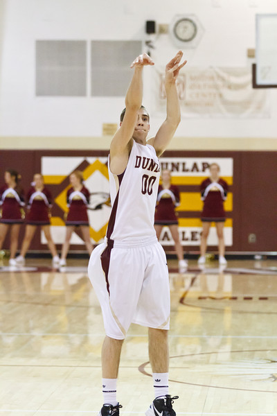20120217_dunlap_vs_east_peoria_basketball_023