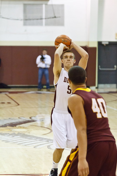 20120217_dunlap_vs_east_peoria_basketball_019