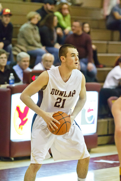 20120217_dunlap_vs_east_peoria_basketball_085
