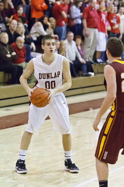 20120217_dunlap_vs_east_peoria_basketball_037