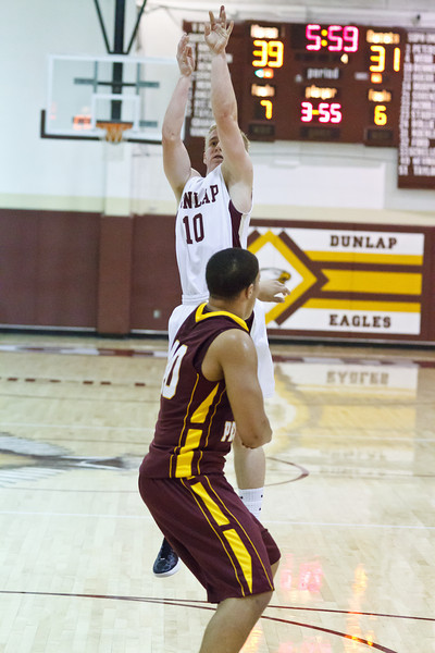 20120217_dunlap_vs_east_peoria_basketball_081