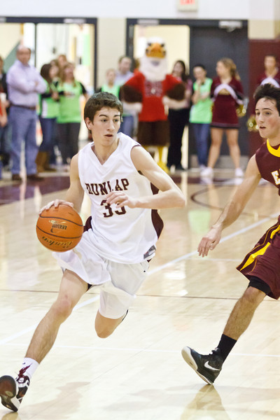 20120217_dunlap_vs_east_peoria_basketball_018