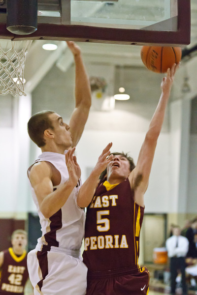 20120217_dunlap_vs_east_peoria_basketball_073