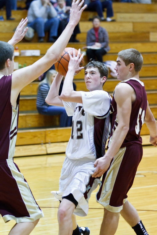 20111217_dunlap_vs_ivc_sophomore_basketball_003