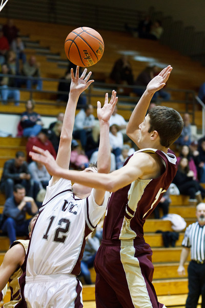 20111217_dunlap_vs_ivc_sophomore_basketball_030