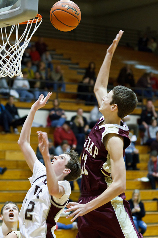 20111217_dunlap_vs_ivc_sophomore_basketball_031