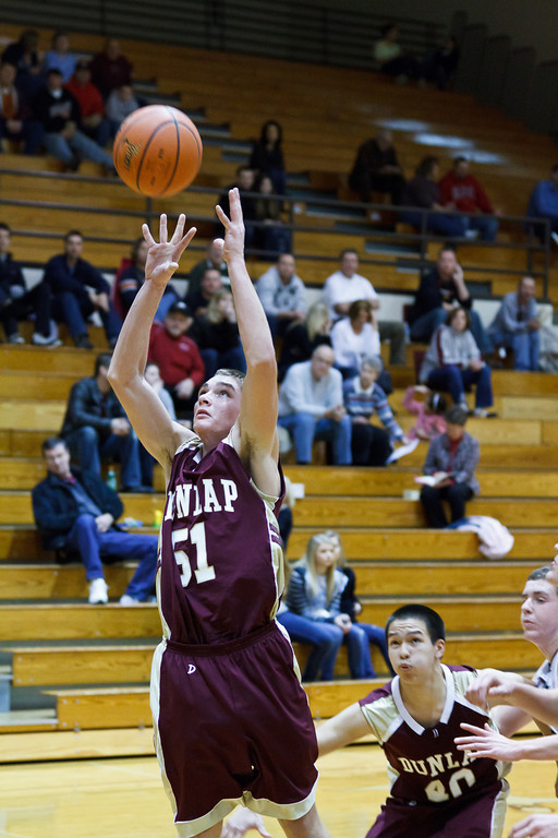 20111217_dunlap_vs_ivc_sophomore_basketball_009