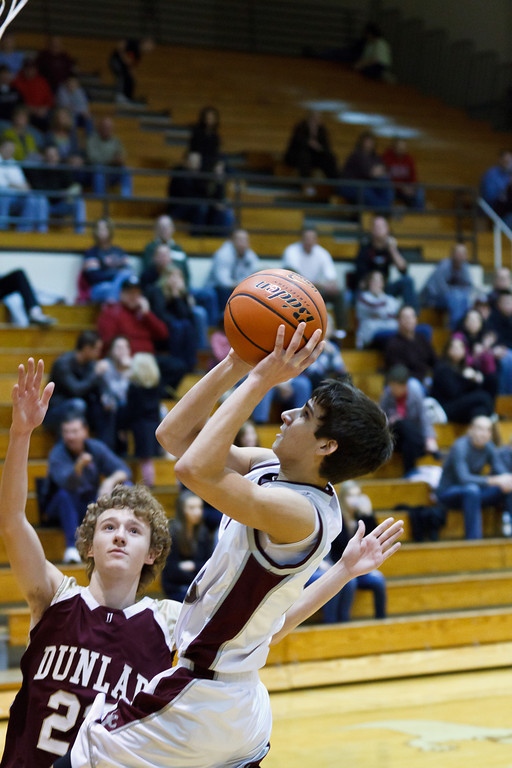 20111217_dunlap_vs_ivc_sophomore_basketball_032