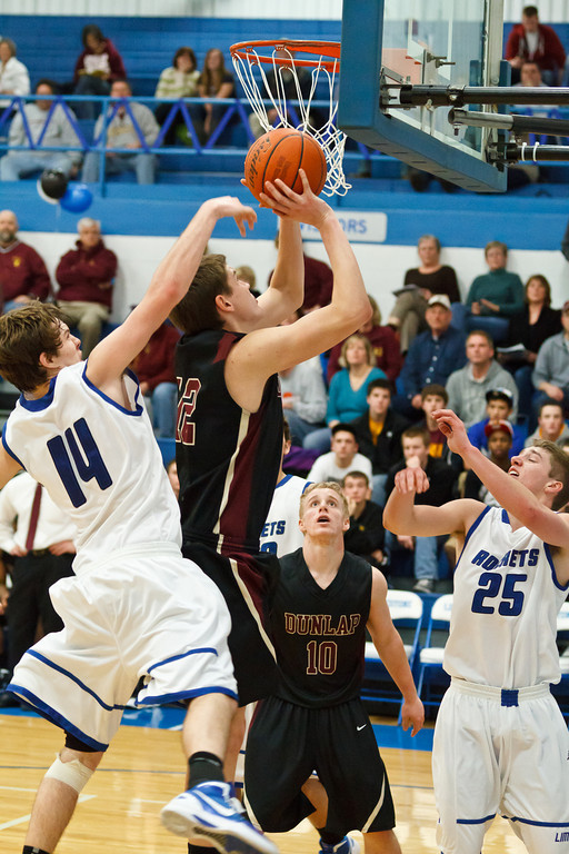 20120218_dunlap_vs_limestone_basketball_054