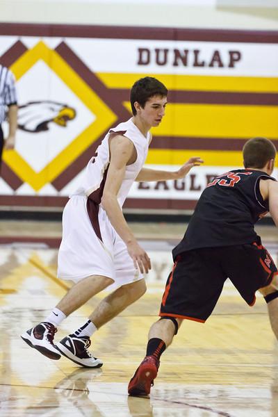 20120204_dunlap_vs_metamora_basketball_031