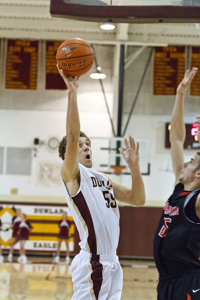 20120204_dunlap_vs_metamora_basketball_019