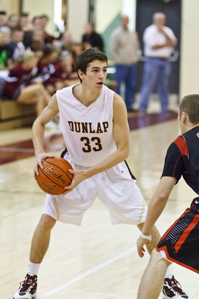 20120204_dunlap_vs_metamora_basketball_005