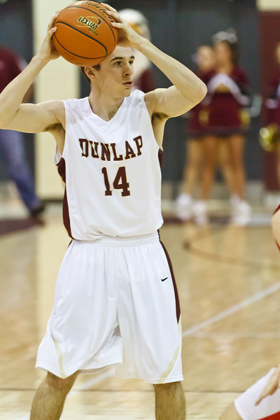 20120114_dunlap_vs_streator_basketball_018