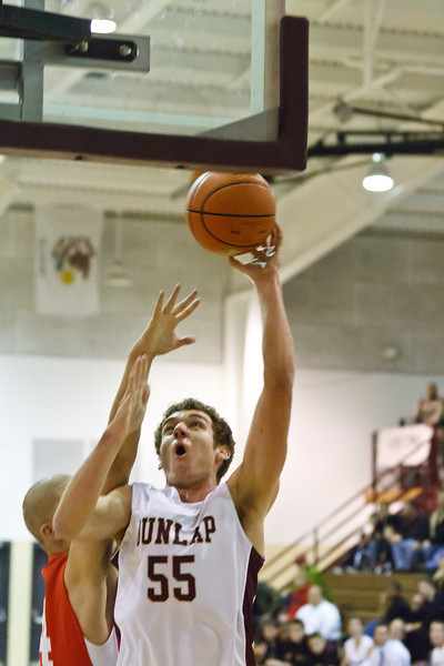 20120114_dunlap_vs_streator_basketball_017