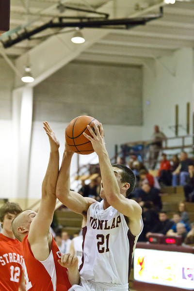 20120114_dunlap_vs_streator_basketball_030