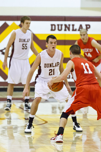 20120114_dunlap_vs_streator_basketball_051