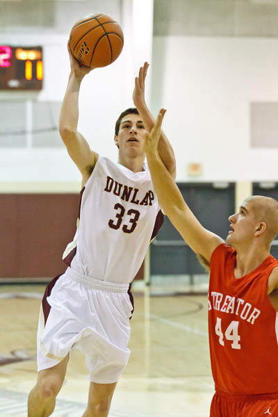 20120114_dunlap_vs_streator_basketball_011