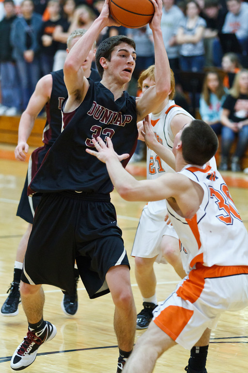 20120203_dunlap_vs_washington_basketball_022