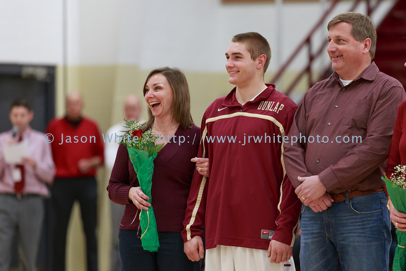 20140225_dunlap_senior_night_057
