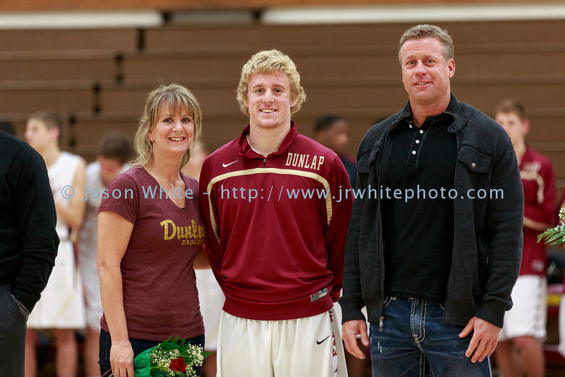 20140225_dunlap_senior_night_038